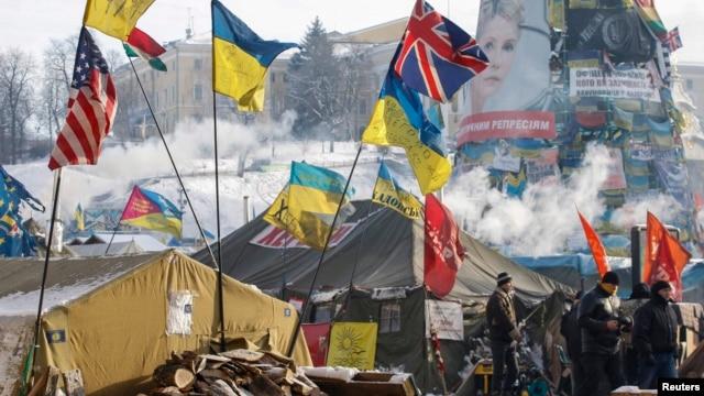 Шерушілер қосыны. Киев, 24 қаңтар 2014 жыл.