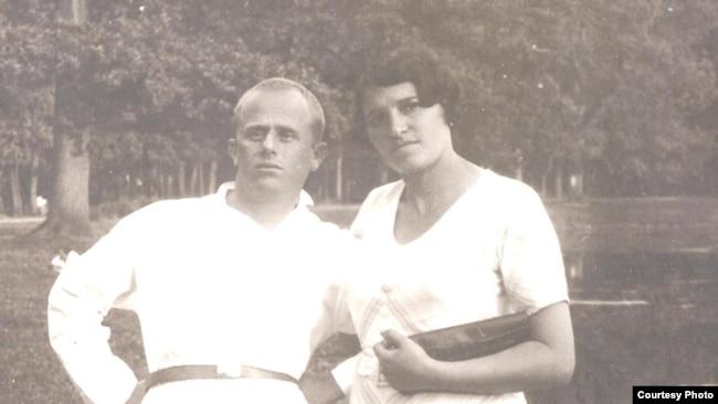 Борис Родос с женой Ревеккой Ратнер