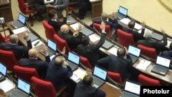 Голосование по ратификации газовых соглашений в Национальном Собрании Армении, 23 декабря 2013 г.