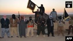 عدد من مسلحي داعش (من الارشيف)