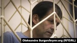Владимир Балух в суде, архивное фото