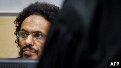 Fotografi arkivi e liderit islamist, Ahmad Faqi Al Mahdi që tash akuzohet nga Tribunali i Hagës për krime lufte