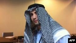 Человек, представивший себя по иранскому ТВ как Амир Хекмати, 18 декабря 2011
