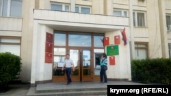 Здание Гагаринского районного совета в Севастополе