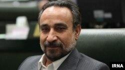 محمدرضا خباز به تازگی به عضویت در معاونت پارلمانی ریاست جمهوری ایران درآمده است