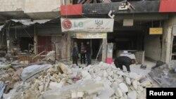 حملهای به بازاری در اریحا که گفته میشود توسط روسیه انجام شده، دستکم ۴۹ قربانی غیرنظامی برجای گذاشت