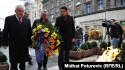 Sarajevo: Polaganje cvijeća uz Dan državnosti