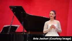 Solistja nga Kosova, Arta Jashari.