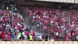 جایگاه تماشاچیان. بازی تراکتورسازی و استقلال تهران. ورزشگاه آزادی. ۱۹ مرداد ۹۷