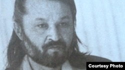 Асқар Сүлейменов, қазақ жазушысы. Сурет Әуезхан Қодардан алынды.