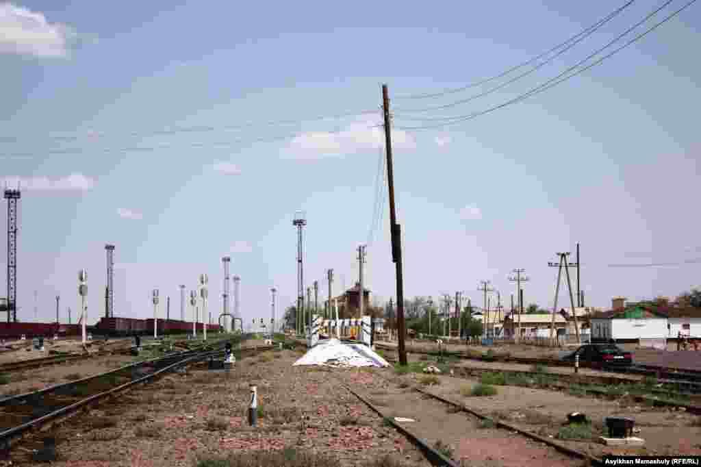 Төретам-Актүбә тимер юлы.