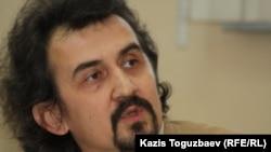 Политолог Рустам Бурнашёв. Алматы, 25 февраля 2014 года.