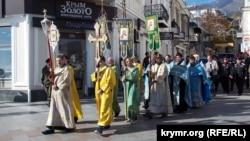 Крестный ход, казаки и ярмарки: как в Крыму отмечают российский «День народного единства» (фоторепортаж)