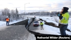 Последствия землетрясения на Аляске, 30 ноября 2018 года.