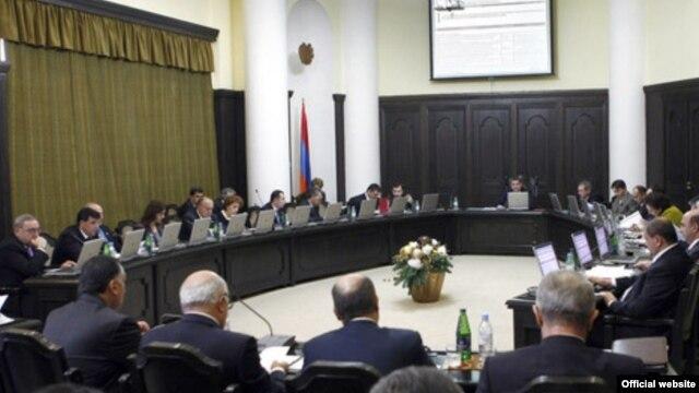 Правительство Армении одобрило подписание соглашения с Ираном об отмене въездных виз