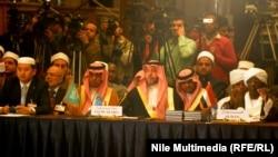 عدد من المشاركين في المؤتمر