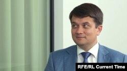 Дмитро Разумков, голова партії «Слуга народу»