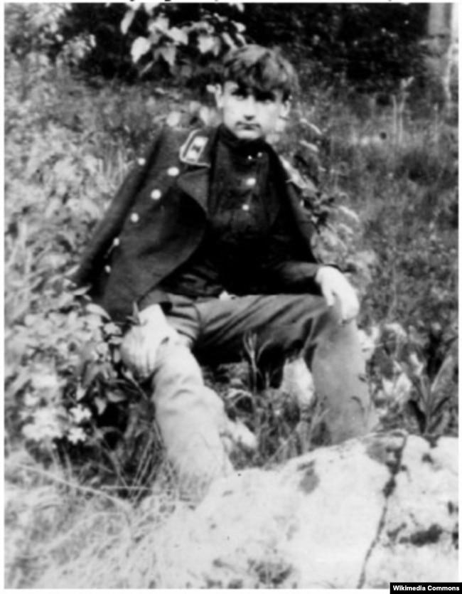 Арсен Річинський на березі річки Тетерева у Житомирі, 1908 рік