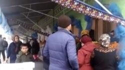Türkmenistan: welaýatlylar azyk ýetmezçiliginden nägile, aşgabatlylar azygyň öýlerine getirilmegine garaşly bolýarlar