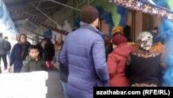 """Рынок """"Дженнет"""" в Ашхабаде, декабрь, 2019"""