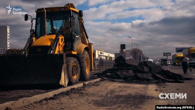 Ремонт доріг у Києві – схоже, прибуткова справа