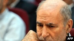 Behzad Nabavi during a hearing at the Revolutionary Court in Tehran in August 2009.