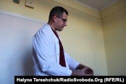 Лікар Олег Дуда