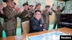 Fotografi arkivi e liderit të Koresë Veriore, Kim Jong Un