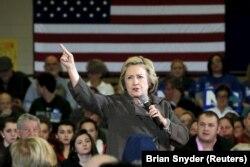 Большинство американских наблюдателей рассматривают последний State of the Union Adress Обамы как важную речь накануне президентских выборов, на которых кандидатом от демократов, скорее всего, будет Хиллари Клинтон