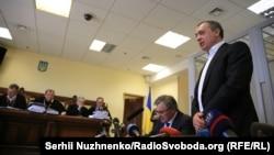 Екс-народний депутат Микола Мартиненко у суді, Київ, 3 травня 2017 року