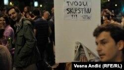 Pamje nga protesta kundër një projekti ndërtimor afër lumit Sava në Beograd