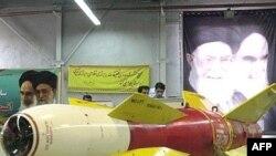 جمهوری اسلامی ایران نیز پیشتر اعلام کرده بود که بمب های هوشمندی از نوع قاصد ساخته است.(عکس: AFP)