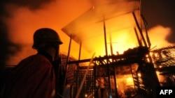 Pamje nga trazirat në Rakhine (15 qershor 2012)