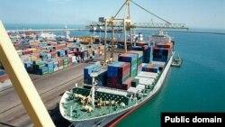 بسیاری از کالاهای وارداتی ایران از طریق دریا به کشور میرسند، اما دور جدید تحریمهای ایالات متحده کار را برای ایران سختتر کرده است