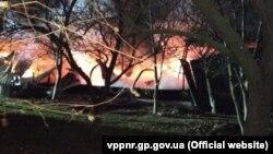 Пожежа в ангарі речового складу увечері 13 листопада охопила 200 квадратних метрів