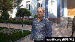 Бобомурод Абдуллаев эркиндикке чыккан учурда. Өзбекстан. 2018-жыл.