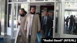 Либоси ягонаи рӯҳониёни тоҷик дар мулоқот бо президент