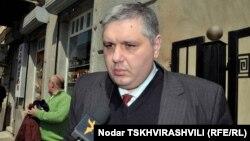 Депутат от парламентского большинства Коба Давиташвили обвинил министра Сергеенко в лоббировании страховых компаний и в коррупционной сделке