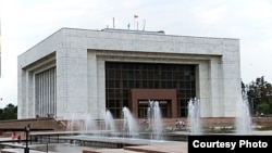 Исторический музей в Бишкеке.