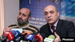 Рабочая группа на пресс-конференции представляет альтернативный пакет предложений по оцифровке вещания в Армении. Ереван, 21 декабря 2010 г.