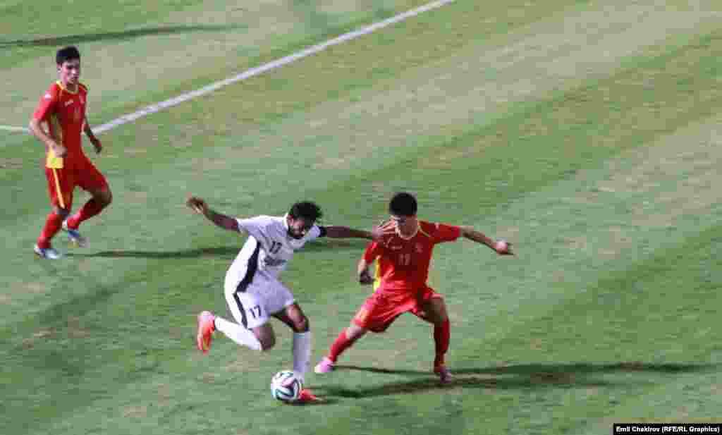 Бул күнү кыргыз футболчулары Пакистан курамасы менен беттешип, 3:1 эсебинде жеңилип калышты.