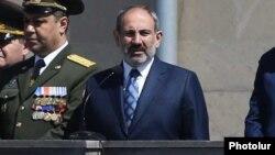 Премьер-министр Армении Никол Пашинян во время мероприятия, посвященному Дню пограничных войск, Ереван, 26 апреля 2019 г.