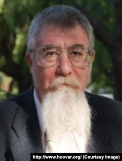 Профессор экономики Михаил Бернштам