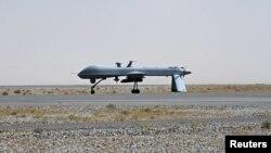 Американский беспилотный самолет на военной базе в Афганистане