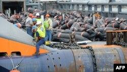 Взрыв буровой установки нефтяной компании British Petroleum в Мексиканском заливе может привести к невосполнимому ущербу для окружающей среды и огромным потерям для экономической деятельности в регионе
