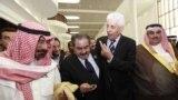 وزراء خاجية عرب في أروقة آخر قمة عربية في سيرت الليبية عام 2010
