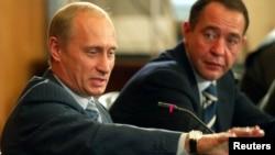 Володимир Путін і Михайло Лесін, 2002 рік