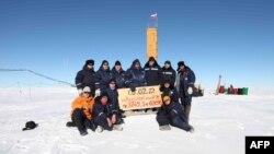 Shkencëtarët rusë në Arktik në vitin 2012