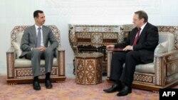 Сирискиот претседател Башар ал Асад при средбата со заменик министерот за надворешни работи Михаил Богданов