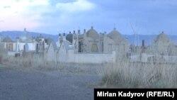 Девочек похоронили на этом кладбище